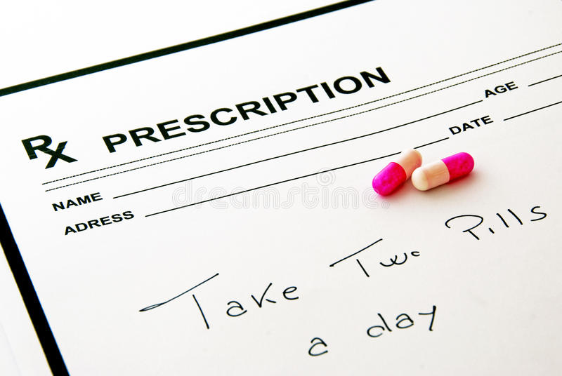 Garniture et pillules médicales de prescription images stock
