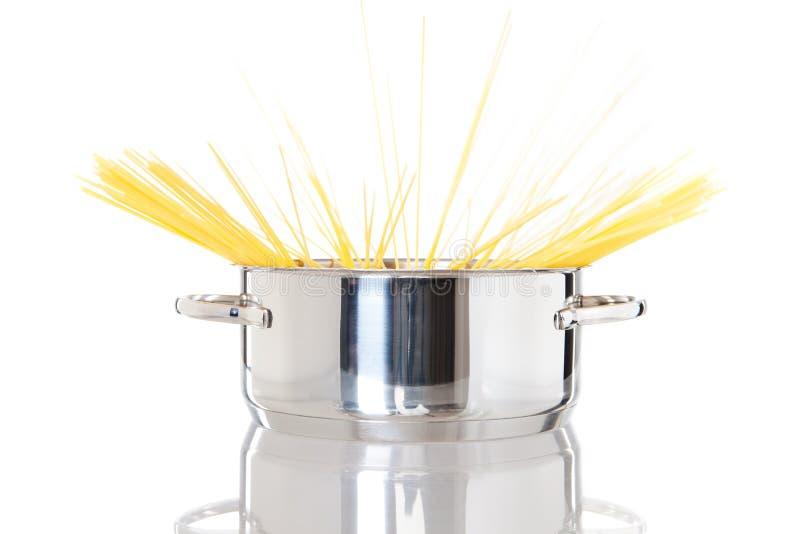 garnka spaghetti fotografia stock