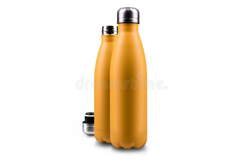 Garrafa amarela e tampa thermo vazias, isoladas no branco imagens de stock