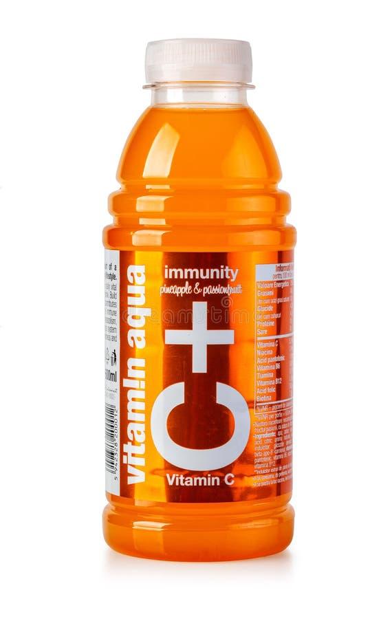 Garrafa da ?gua da vitamina C+ fotografia de stock