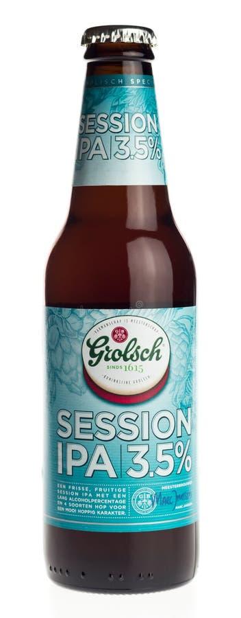 Garrafa da cerveja holandesa da sessão IPA de Grolsch isolada no branco fotografia de stock royalty free