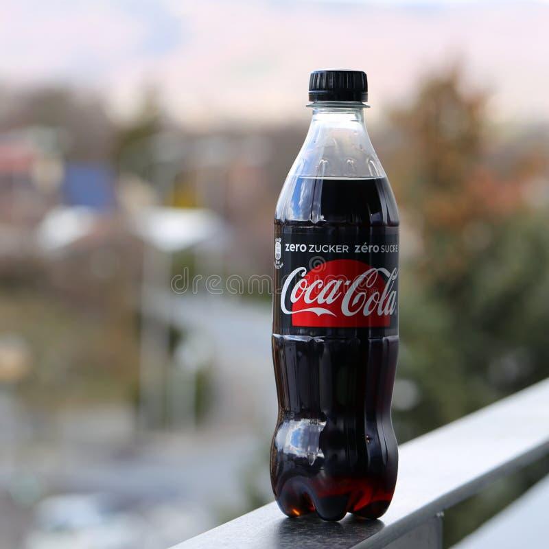 A garrafa de Coca-Cola da dieta fotografou em Nyon, Suíça fotos de stock royalty free