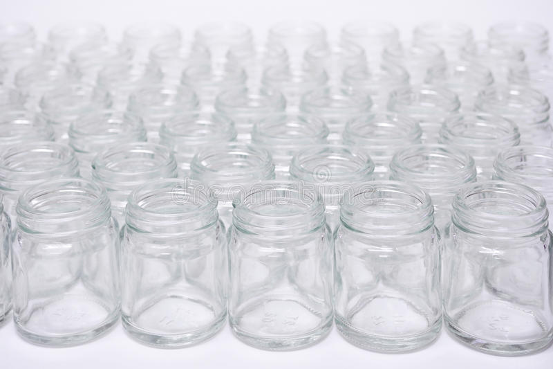 Garrafa de vidro curto nenhum tampão imagem de stock