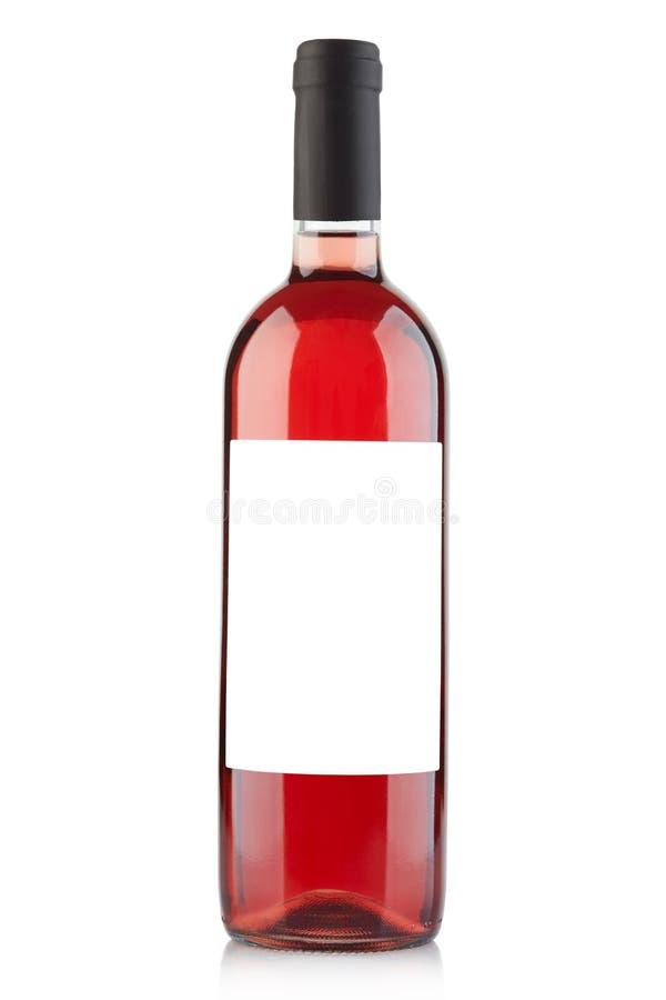 Garrafa de vinho de Rosa com etiqueta vazia no branco fotos de stock royalty free