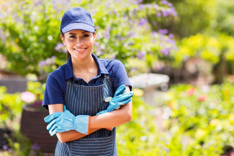 Garten-Center-Arbeitskraft stockbilder