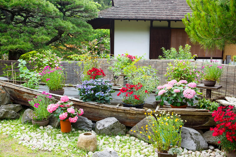 Garten der japanischen Art in Hiroshima, Japan stockbilder
