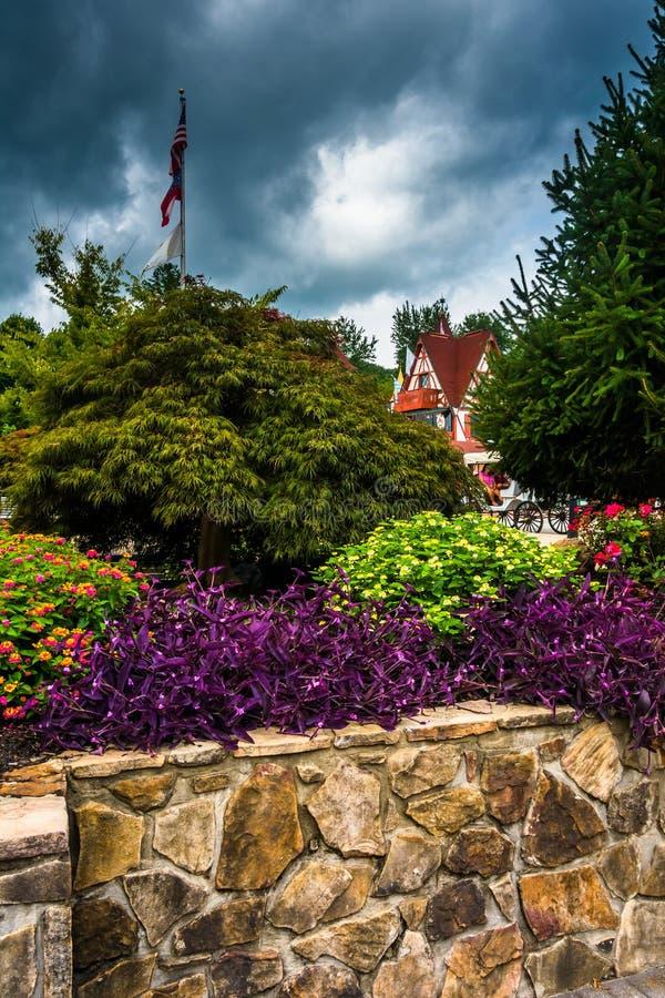 Garten in Helen, Georgia stockfotos