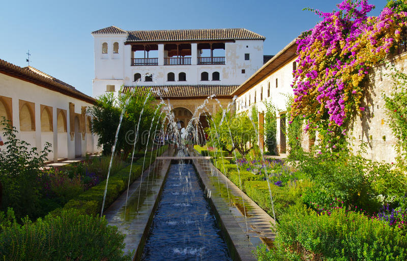 Garten von Alhambra stockbilder