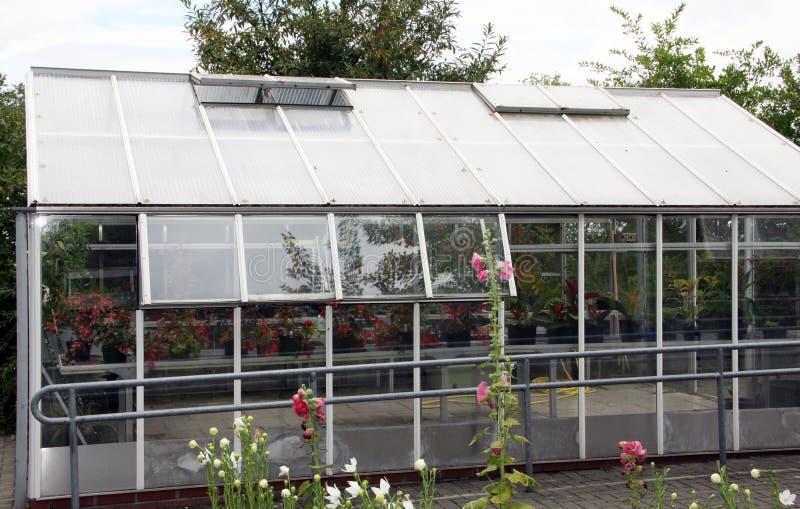 Gartengewächshaus lizenzfreie stockfotos