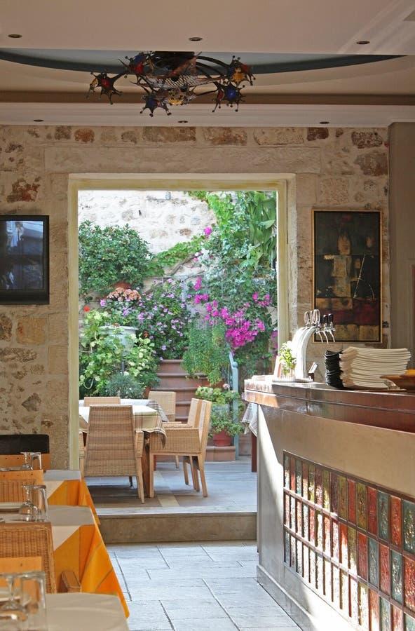 Gartenkaffee in Kreta lizenzfreie stockbilder