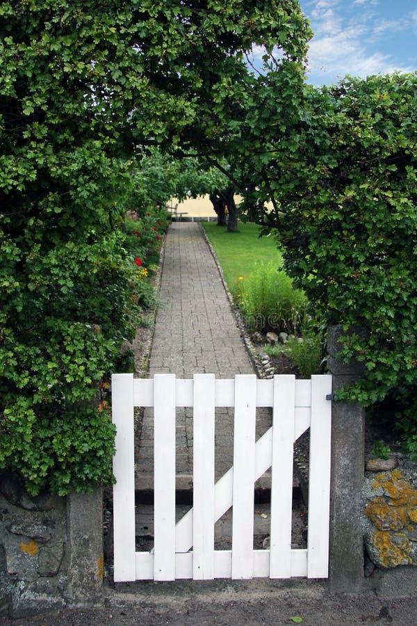 Gartentor stockfotografie
