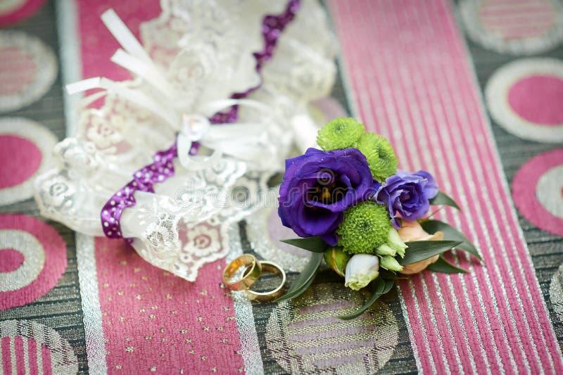 Garter της νύφης γαμήλιων εξαρτημάτων στοκ φωτογραφία με δικαίωμα ελεύθερης χρήσης