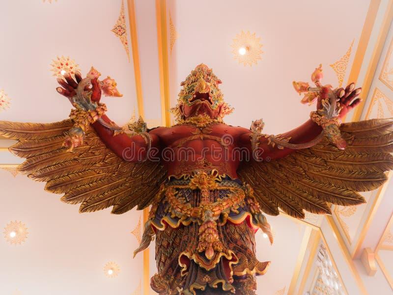 Garuda Statue vermelho no museu no crematório real para o HM King fotografia de stock