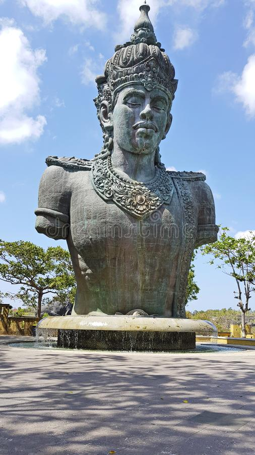 Garuda Wisnu Kencana Statue, Bali Parque cultural en la isla tropical imagenes de archivo