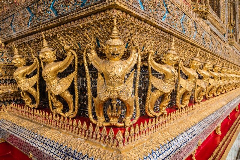 Garudas e Nagas fotografia de stock royalty free