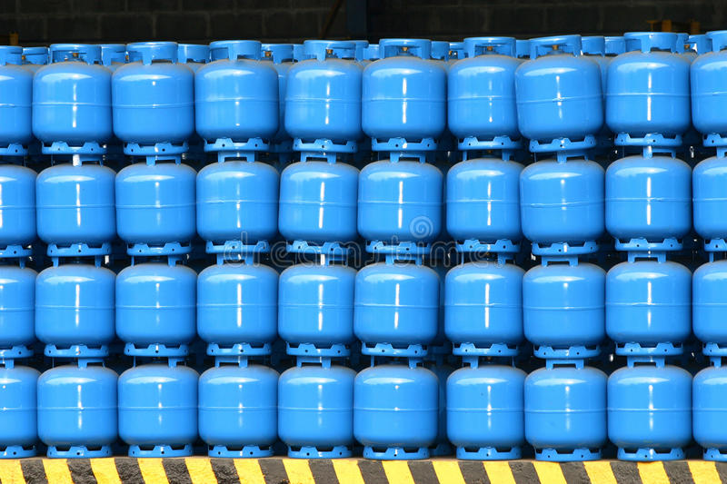 Download Gas Cylinder Royalty Free Stock Image - Image: 27395516