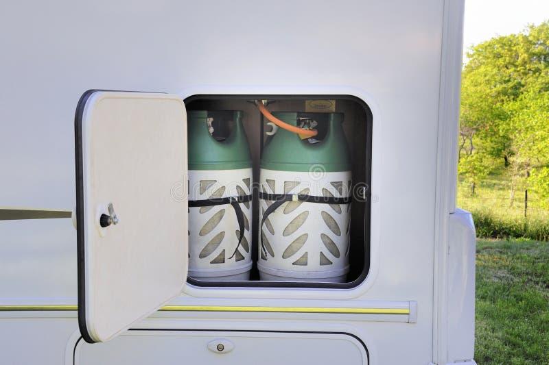 Gas del butano para los campistas foto de archivo