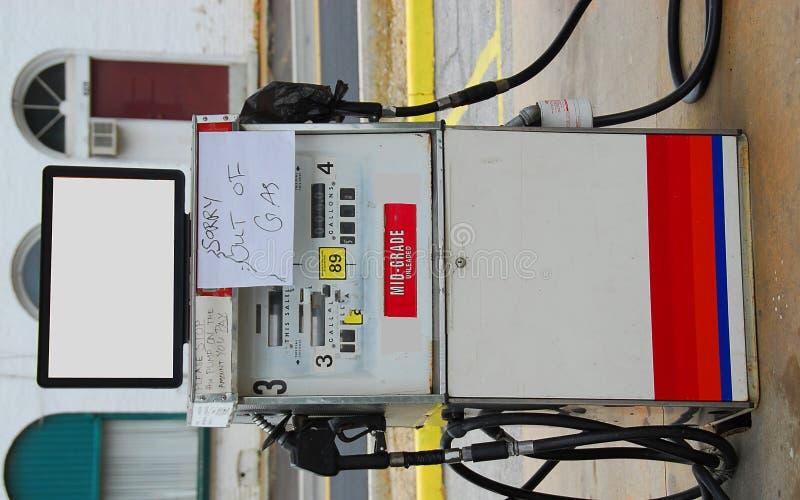 gas ut undertecknar arkivfoto
