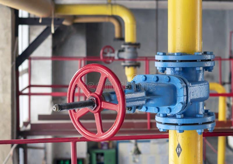 GasAbsperrventil an der Gasbearbeitungsstation lizenzfreies stockfoto