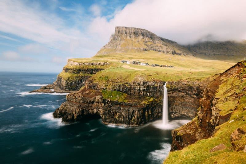 Gasadalur på Färöarna royaltyfri bild