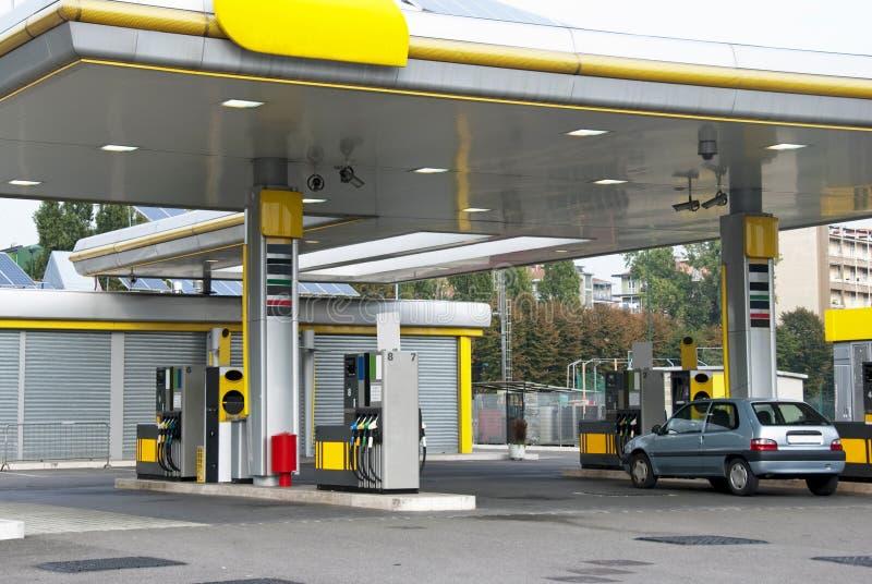 Gasolinera imagen de archivo libre de regalías