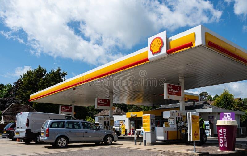 Gasolinera Newbury de Shell fotos de archivo libres de regalías