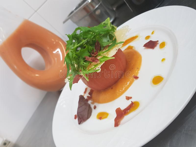 Gaspacho de tomatoe de salade photographie stock libre de droits