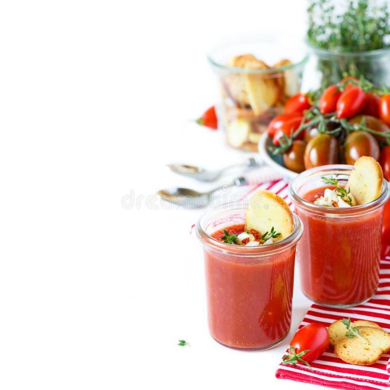 Gaspacho fresco de la sopa del ninguno-cocinero fotografía de archivo libre de regalías