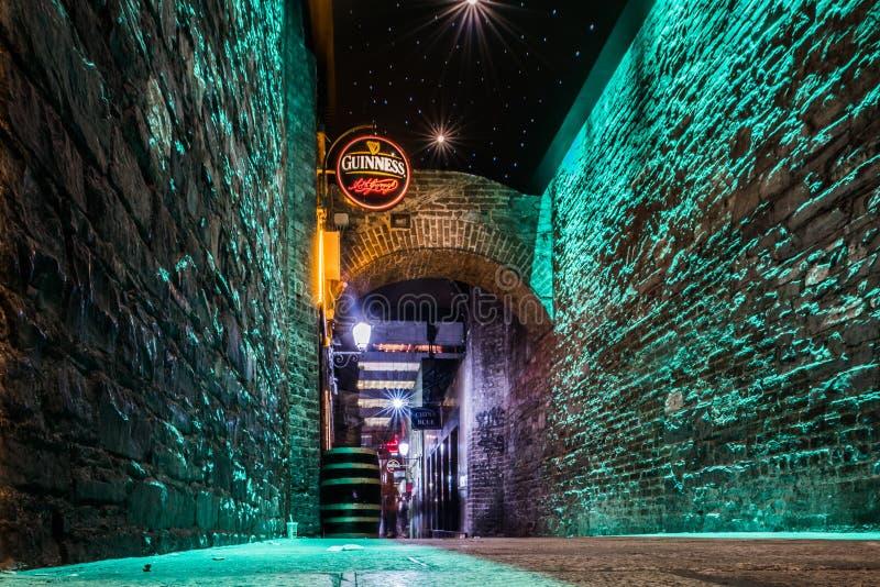 Gasse in Dublin Ireland lizenzfreie stockfotografie