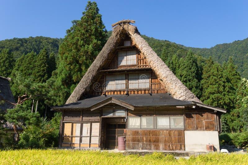 Gassho Zukuri (Gassho式)议院在Gokayama 库存照片