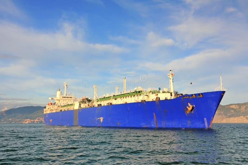 Gastankerlieferung, LNG stockfotografie