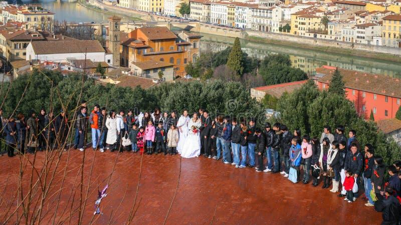 Gasten op huwelijksceremonie in Florence royalty-vrije stock foto's