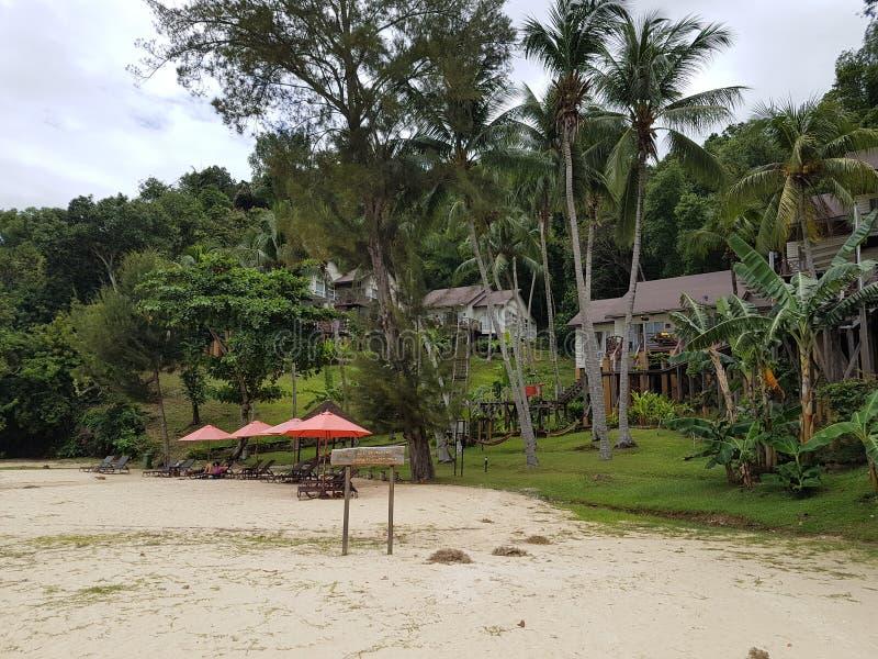 Gasthuizen op de kust stock foto's