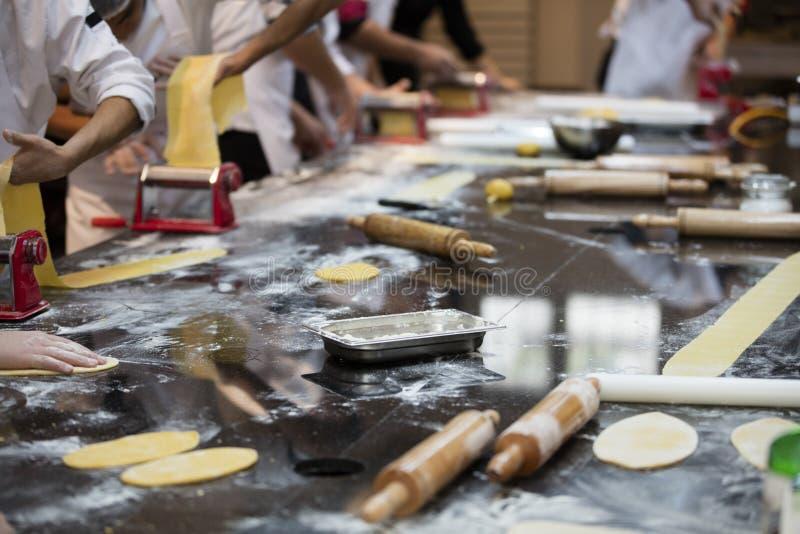 Gastronomisch deegbereidingsthema royalty-vrije stock afbeeldingen