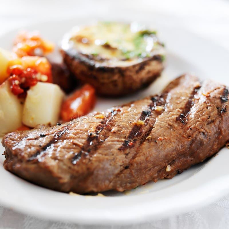 Gastronomische dichte omhooggaand van het lapje vleesdiner royalty-vrije stock foto's