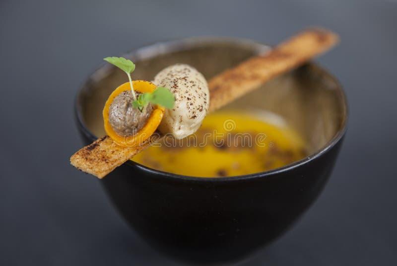 Gastronomische restaurantmaaltijd stock fotografie