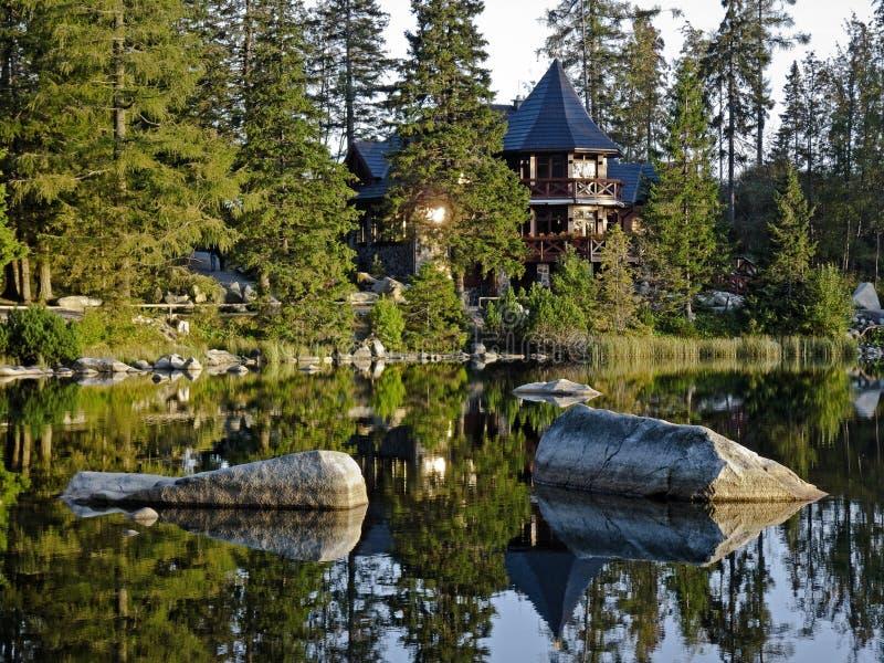Gaststätte im hohen Tatras lizenzfreies stockbild