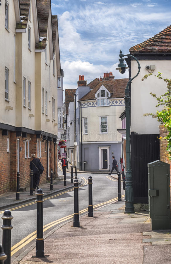 Gata av den gamla staden av Canterbury, UK, 13 juli 2016 fotografering för bildbyråer