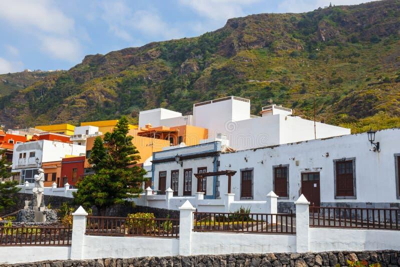 Gata av den Garachico staden på Tenerife royaltyfri foto