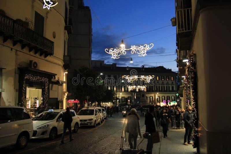 Gata av Naples på natten royaltyfri foto