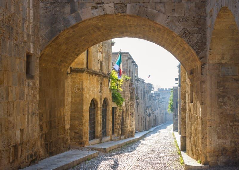 Gata av riddarna i Rhodes, Grekland royaltyfri bild