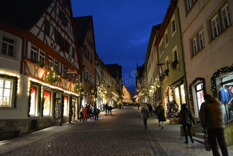 Gata för tauber för Rothenburg obder huvudsaklig på jul, Tyskland royaltyfria bilder