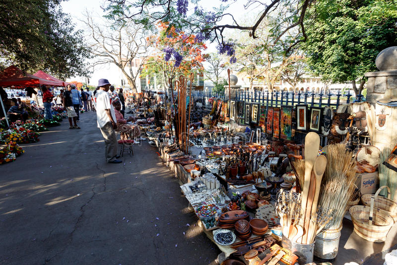 Gata i Bulawayo Zimbabwe royaltyfri foto