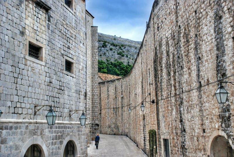 Gata i den gamla staden Dubrovnik, Kroatien royaltyfria foton