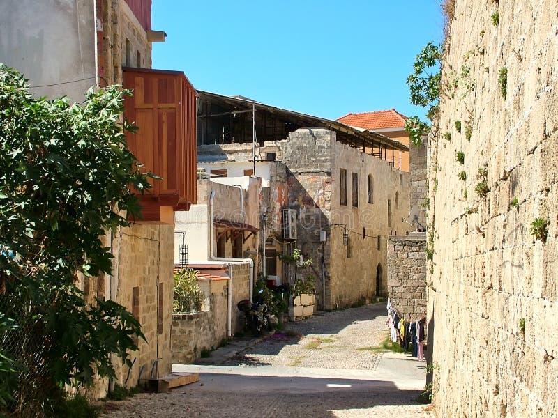 Gata i den gamla staden Rhodes, Grekland arkivfoto