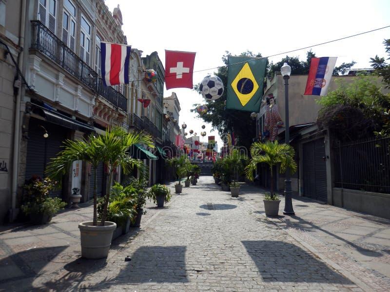 Gata i mitten av Rio de Janeiro royaltyfri foto