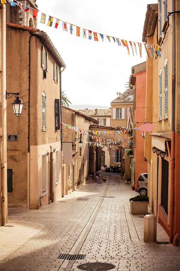 Gata i Saint Tropez fotografering för bildbyråer