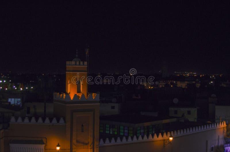 Gata Marocko, blått, medina, marrakech royaltyfria bilder