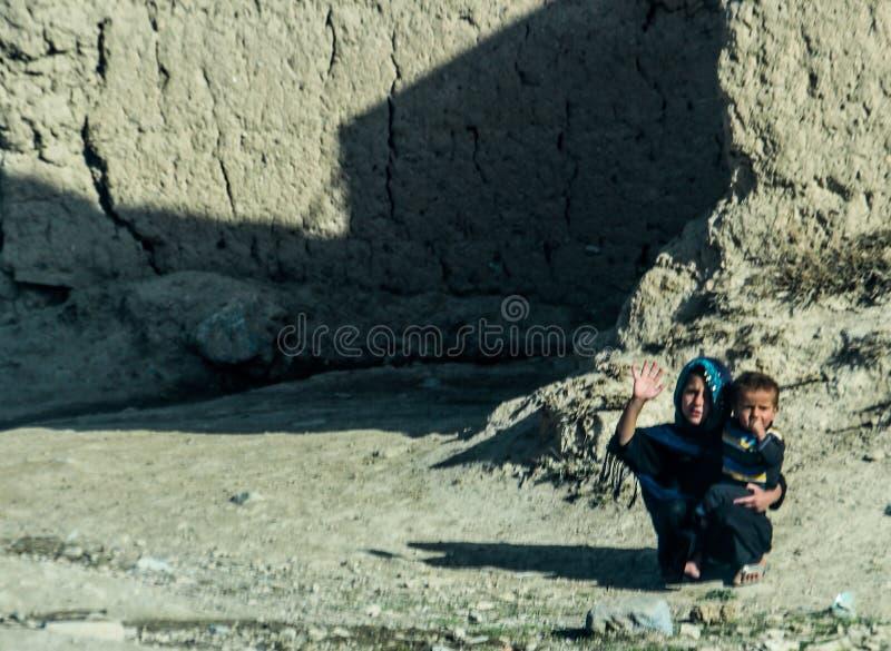 Gata- och byliv i Gardez i Afghanistan i sommaren royaltyfri bild