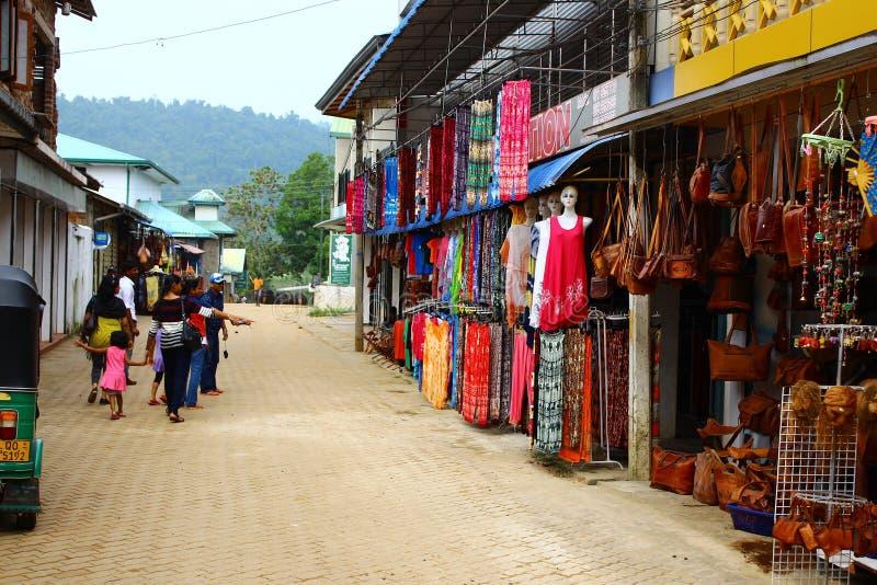 Gatahandeln stannar i Sri Lanka, Kandy fotografering för bildbyråer